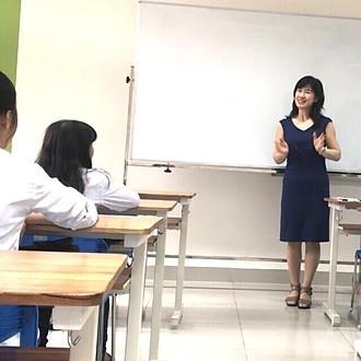 ベトナム・ダナン ドンア大学での講義